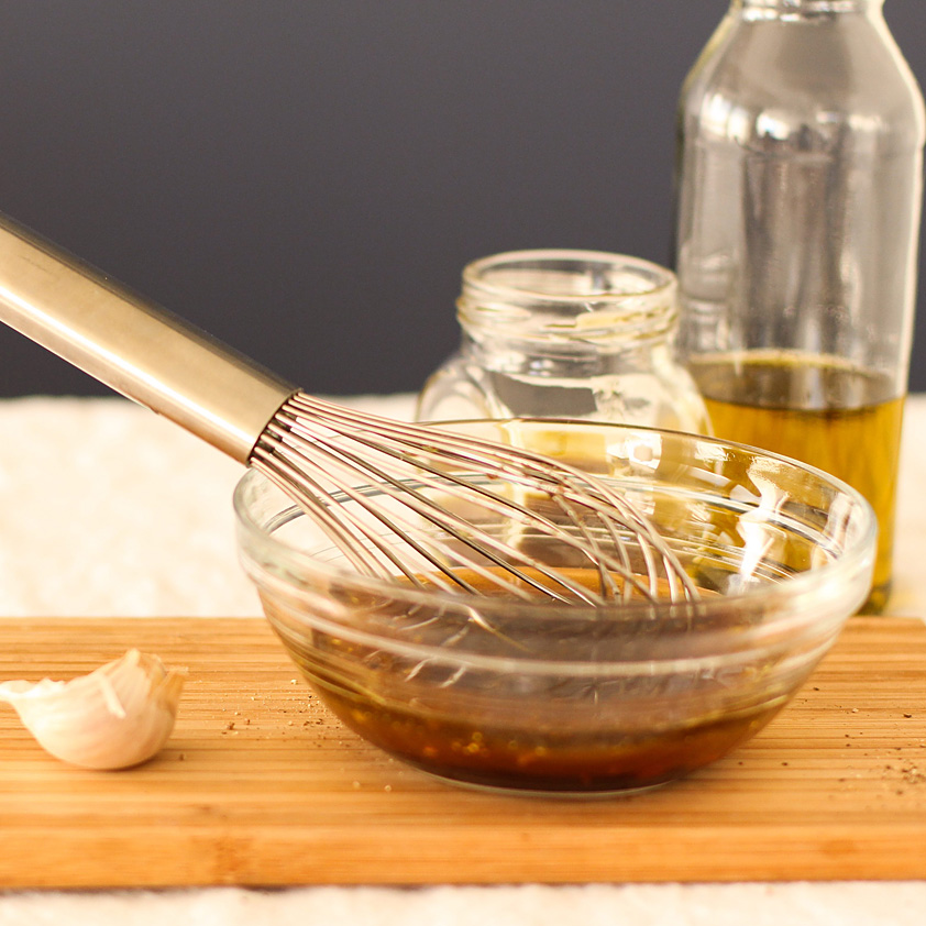 <p>通常のバルサミコ酢にプルーン・コンク(プルーン濃縮果汁)を使用すると、イタリア産の熟成したバルサミコ酢のような […]</p>